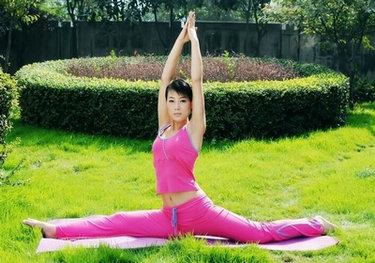 在秋天练瑜伽有哪些注意事项呀